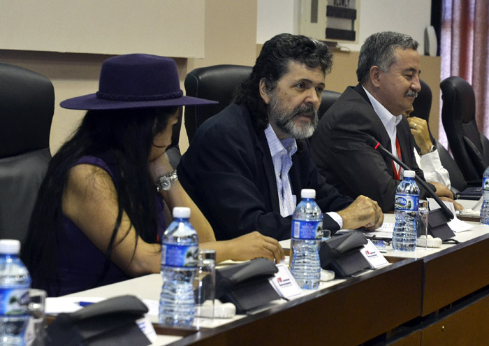 Abel Prieto Calls to Struggle against Disinformation