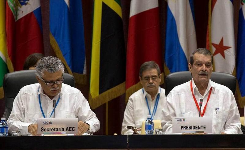 El encuentro comenzó con las palabras del Vicecanciller cubano Abelardo Moreno, anfitrión de la cita. Foto: Ismael Francisco