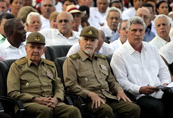 Asiste Raúl Castro Ruz en Artemisa al acto por el 26 de Julio. Foto AIN