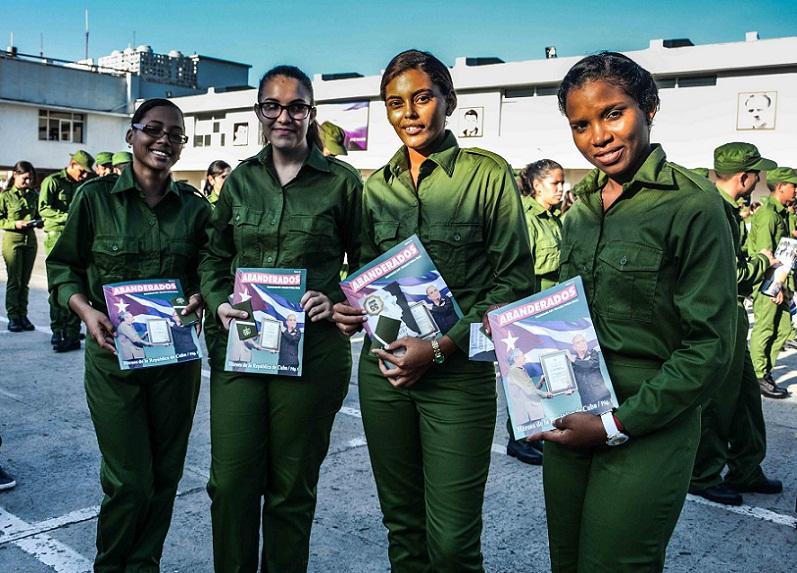 Firman compromiso j�venes cadetes con el Ministerio del Interior