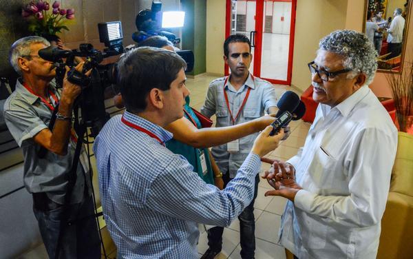 General de la Asociación de Estados del Caribe (AEC), en declaraciones a la prensa, durante su llegada al Aeropuerto Internacional José Martí, en La Habana. Foto: Abel Padrón