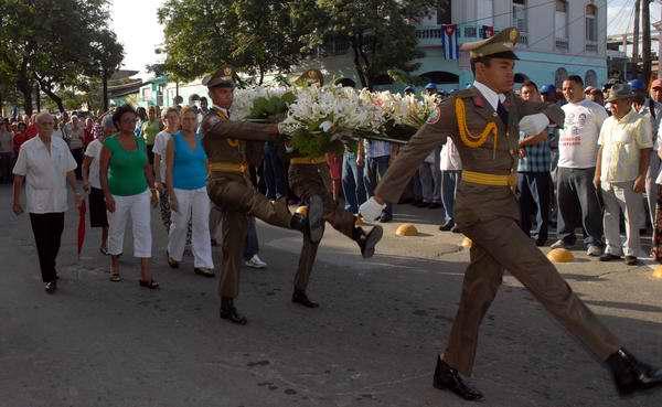 Los santiagueros recuerdan los mártires caídos por la libertad de Cuba.