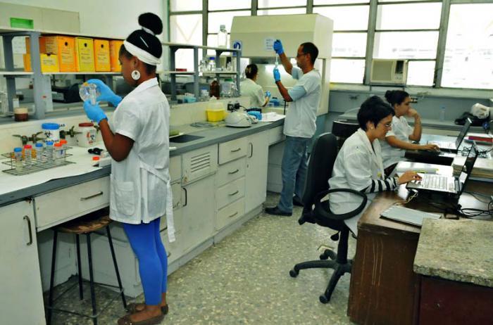 Santiago de Cuba: sede del acto nacional por el Día de la Ciencia
