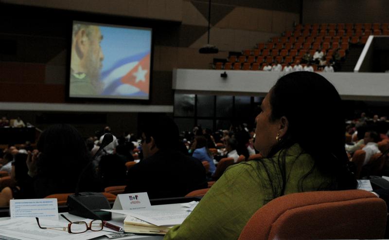 Parlamento cubano convierte en Ley última voluntad de Fidel Castro