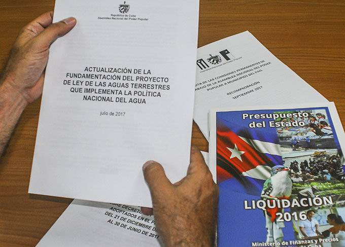 Standing committees of Cuban parliament start working sessions