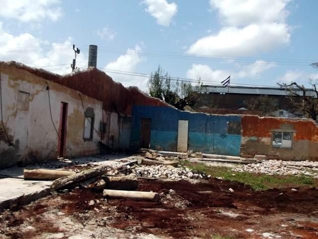 Antiguos barracones del ingenio Brasil, donde residían unas 200 familias.