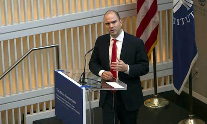 Rhodes durante el reciente evento del Cuba Consorcio en Washington. Foto: Ismael Francisco