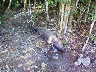 Bomba encontrada en Pálpite, Ciénaga de Zapata disparada por la aviación mercenaria durante el ataque a Playa Girón. Foto José Miguel Solís