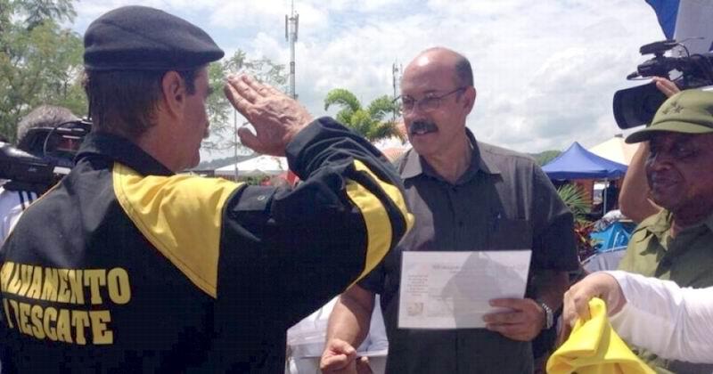Regresa a Cuba brigada de rescate que prestaba ayuda en Ecuador