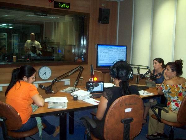 Hay periodismo radial en Cuba para rato