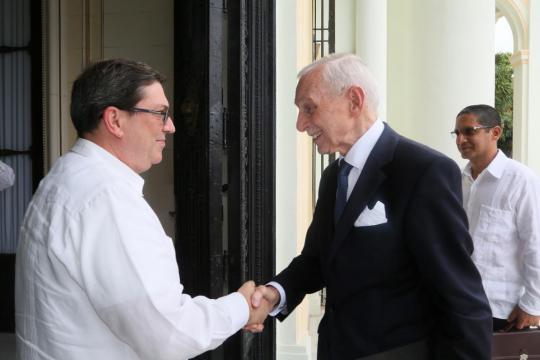 Recibe Canciller cubano a Director General de la OIM