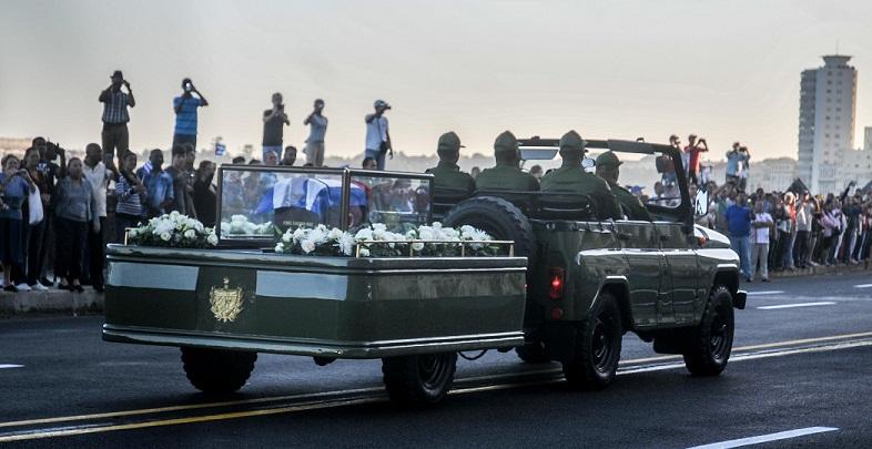 Fidel Castro regresa a Santiago