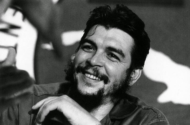 Che Guevara: Cuba y Argelia, naciones propulsoras del internacionalismo