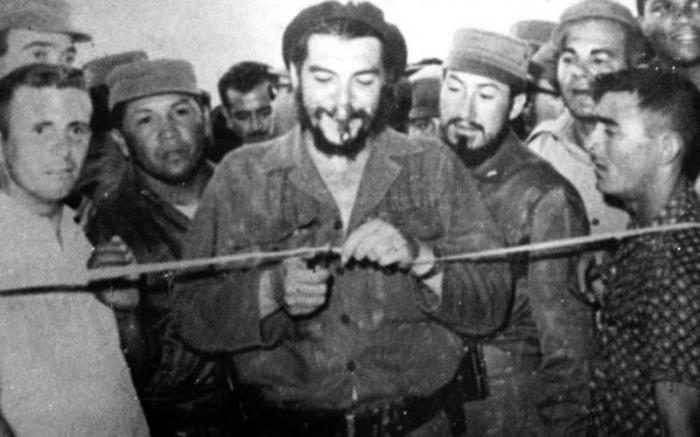Che Guevara: como Ministro de Industrias