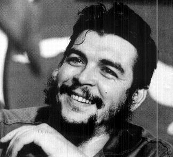 Che Guevara: en el corazón de los pueblos