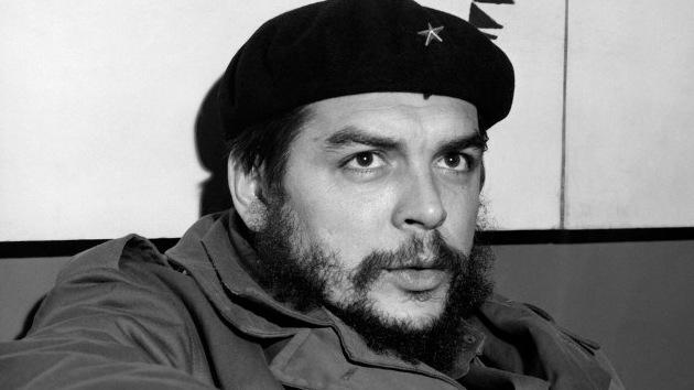 Che Guevara habla de Frank País