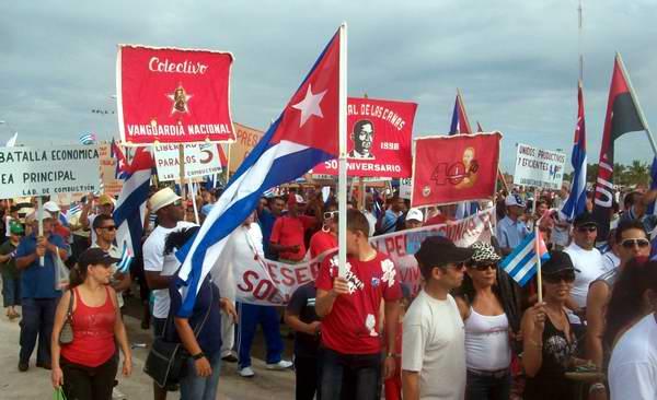 Los cienfuegueros arriban al Día Internacional de los Trabajadores con resultados favorables en la economía. Foto. Mireya Ojeda.
