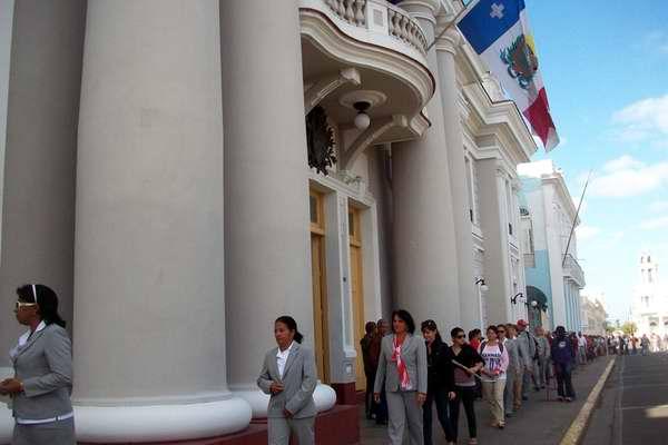 La provincia de Cienfuegos rinde tributo al Comandante Hugo Chávez. Foto Mirey Ojeda