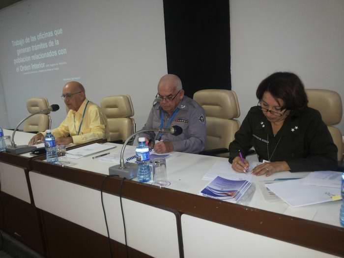 Debaten diputados temas medulares de la sociedad cubana. Fotos: Carlos Serpa Maceira