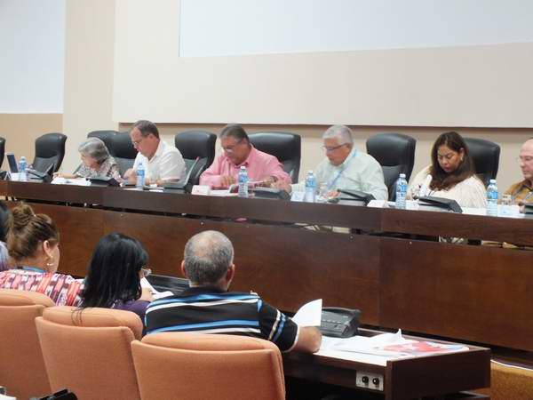 Comisiones conjuntas del Parlamento cubano. Foto: Gabdiel Silva