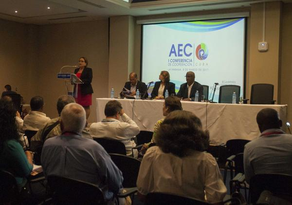 Experts discuss projects for integral development of the Caribbean