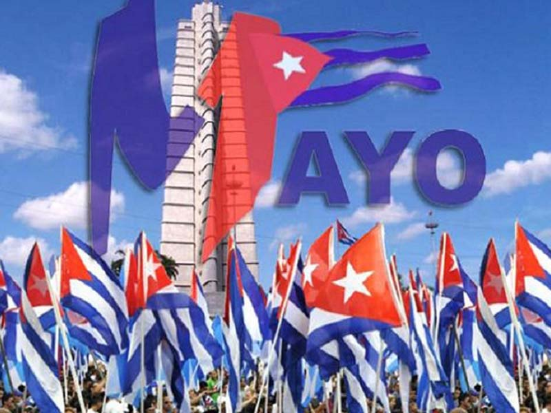 Educadores cubanos abrirán desfiles por el 1ro. de Mayo