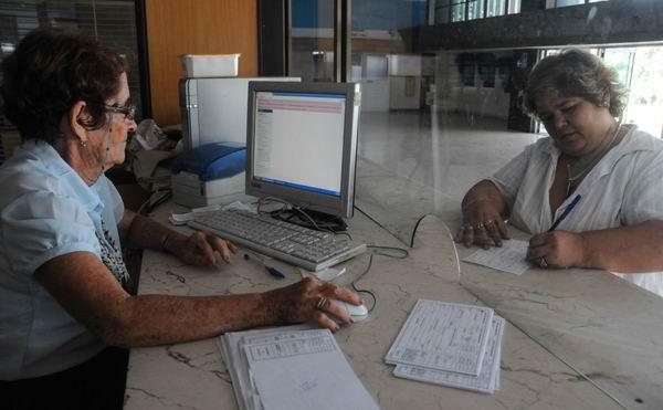 Ampl�a Correos de Cuba acceso al servicio de giros internacionales
