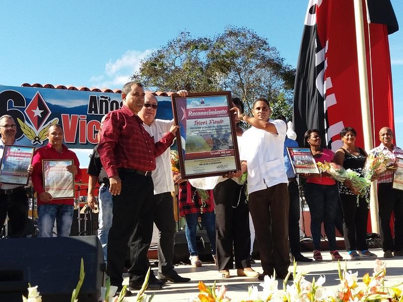 Realizan acto provincial por el Triunfo de la Revolución en Santiago