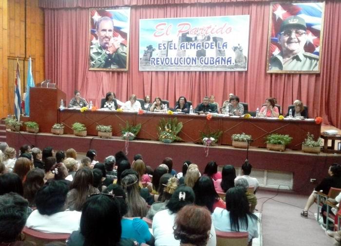 Realizada en Guantánamo Asamblea Décimo Congreso de la FMC