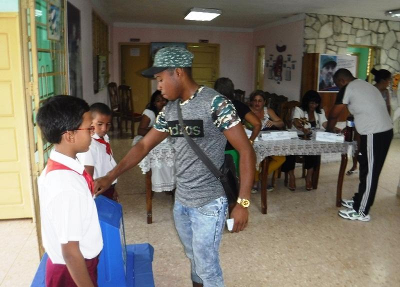 Patriótica y ordenada jornada electoral en Santiago de Cuba (+Fotos)