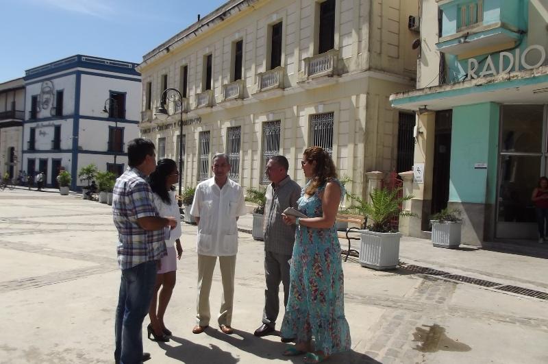 El miembro del Secretariado del Comité Central del Partido Comunista de Cuba, (PCC), José Ramón Balaguer Cabrera, visita sitios de interés histórico y cultural
