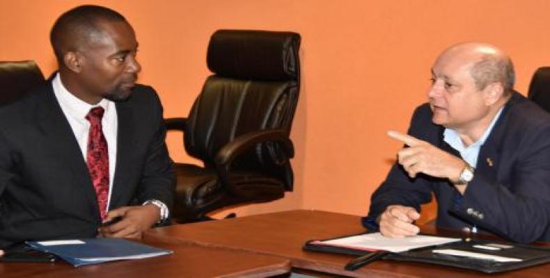 Potencian Cuba y Barbados beneficios económicos para la cooperación