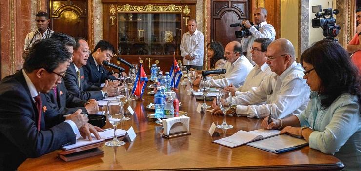 Cuba y Corea del Norte por impulsar vínculos mutuos