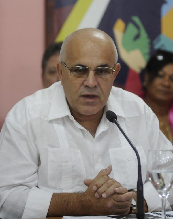 Distingue Machado Ventura avances en el funcionamiento de los CDR