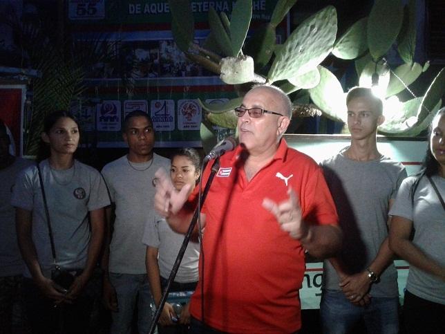 Reconocen a fundadores de los CDR en Las Tunas