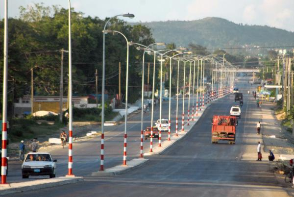Rejuvenece la Carretera Central en Holguín