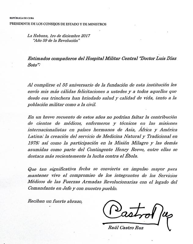 """Envía Raúl mensaje de felicitación al Hospital Militar Central """"Dr. Luis Díaz Soto"""""""