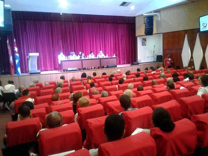 Asamblea IX Congreso de los CDR en Plaza de la Revolución