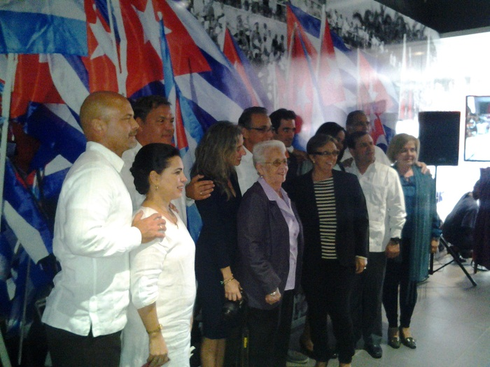 Cuban Five become members of the Communist Party