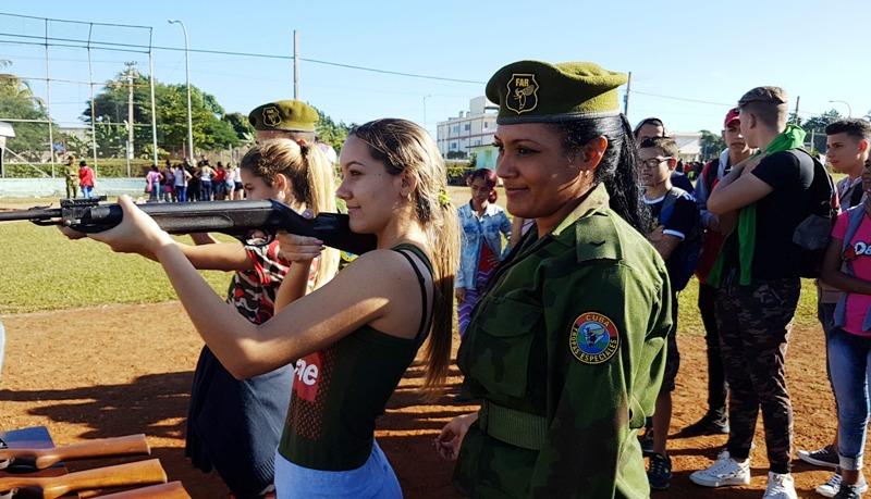Camagüeyanos se mantienen preparados para la defensa