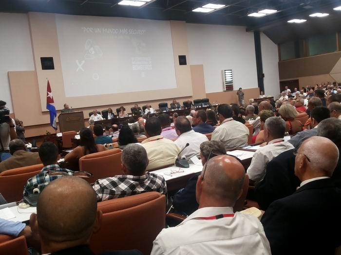 X Congreso Internacional sobre Desastres  y la VI Conferencia Internacional de Bomberos.
