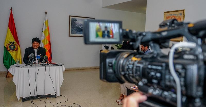 """Evo Morales: """"Cuba no está sola"""""""