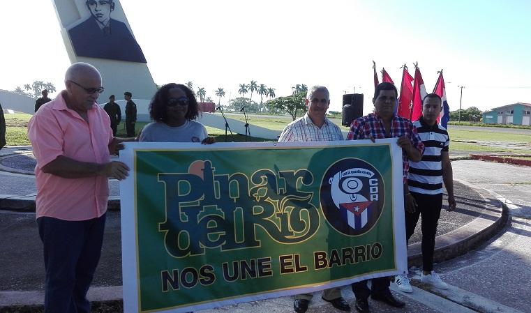 Abanderada la delegación pinareña al Congreso Cederista