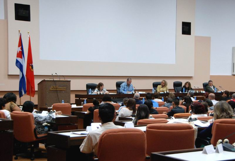 Cuba Debates Realities and Challenges of Young People