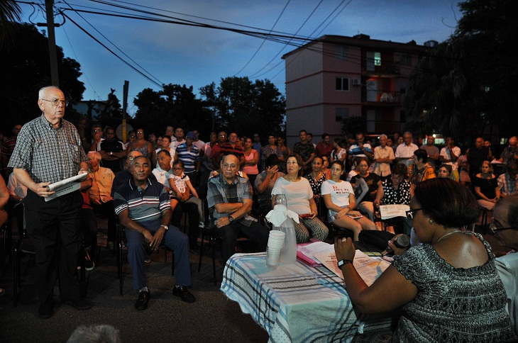 Los barrios cienfuegueros en Consulta Popular