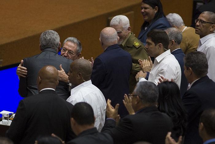Cuba tiene nuevo Presidente, pero una única Revolución