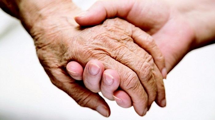 Población cubana decrece y envejece