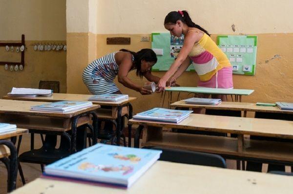 En toda Cuba jornada de limpieza y organización escolar