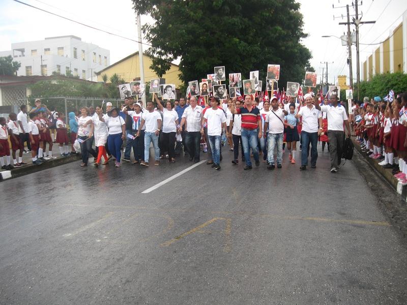 Marcha universitaria en Santiago de Cuba