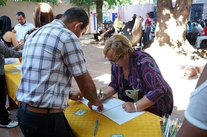 Nuevas autoridades del Poder Popular en Cuba continúa preparación